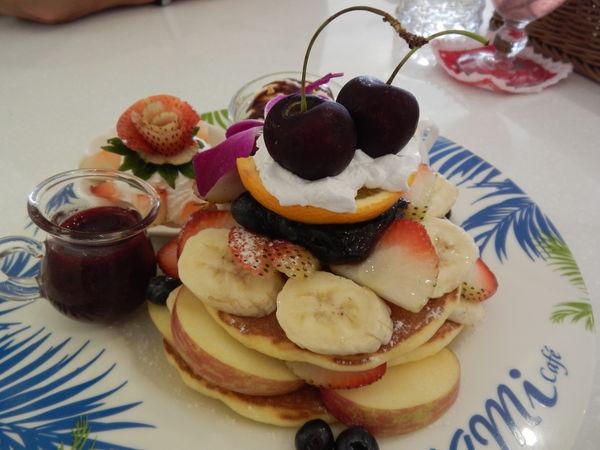 新北板橋tiffany童話【OyamiCaf'e義式餐廳】下午茶咖啡推薦好去處(捷運新埔站)1分鐘 @秤瓶樂遊遊