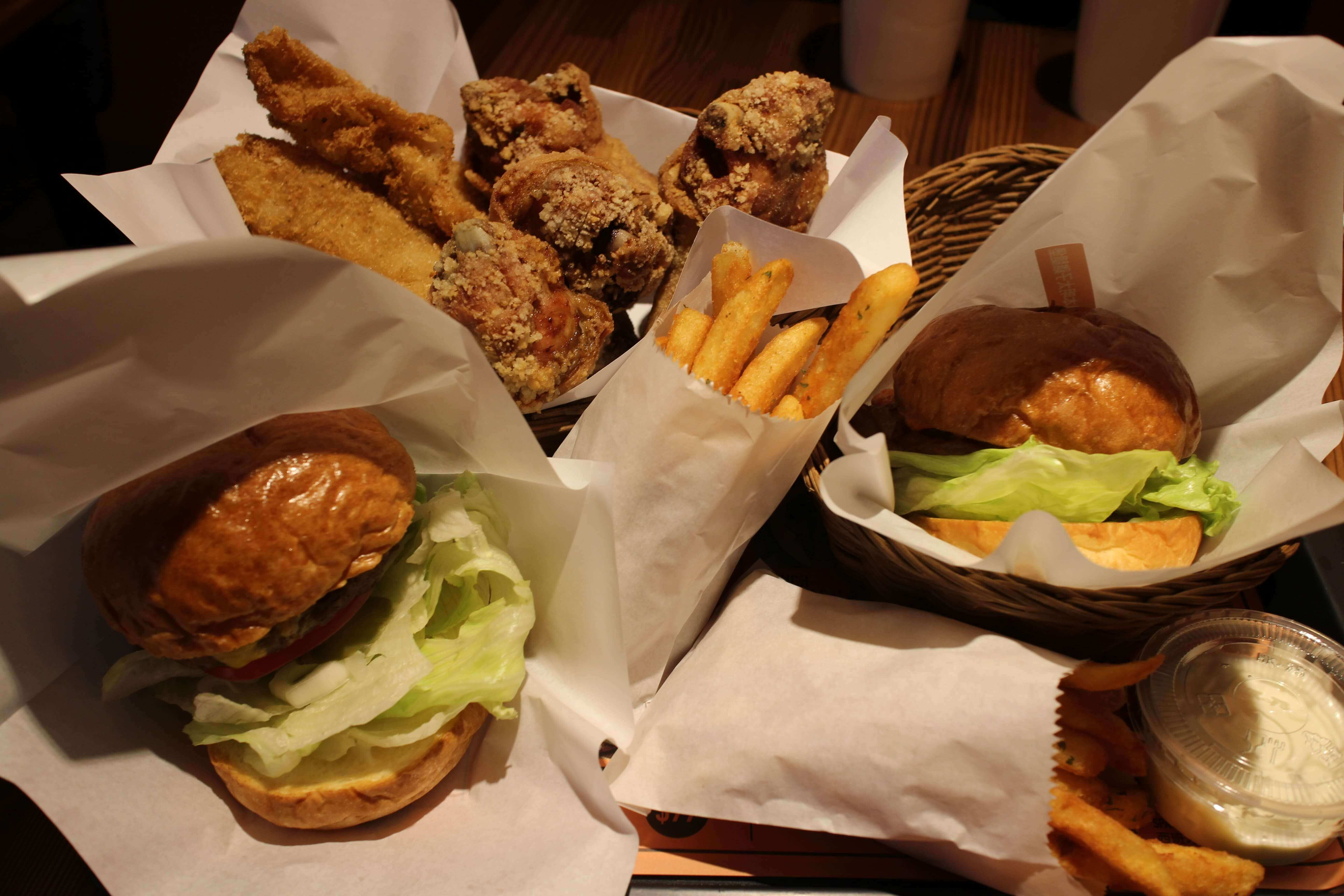 網站熱門文章:IA Captain國際機長餐廳-松山區速食店推薦vs南京三民炸雞爆汁