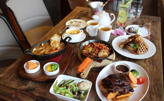 中央大學美食-LA LA Kitchen美式餐廳,情侶約會、同學聚餐聚餐好地方 @秤瓶樂遊遊