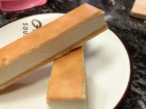 團購乳酪蛋糕推薦-鴻品甜點工作室,好吃手工乳酪條、泡芙牛奶冰專賣 @秤秤樂遊遊