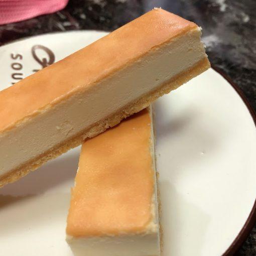 團購乳酪蛋糕推薦-鴻品甜點工作室,好吃手工乳酪條、泡芙牛奶冰專賣 @秤瓶樂遊遊